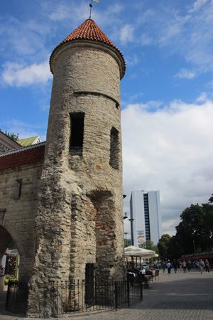Tallinn gate tower