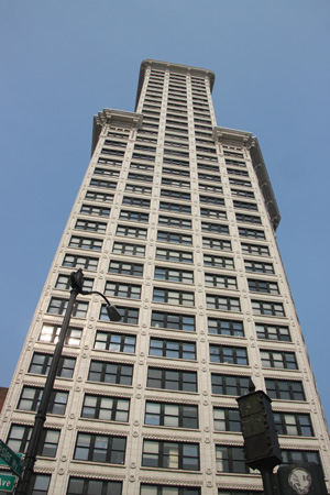 The dizzying Smith Tower.